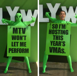 VMA host Miley